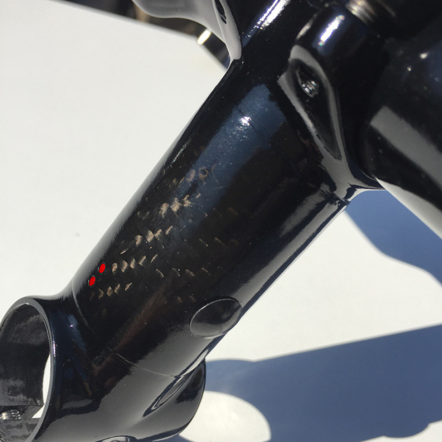Stem with integrated Di2 control unit